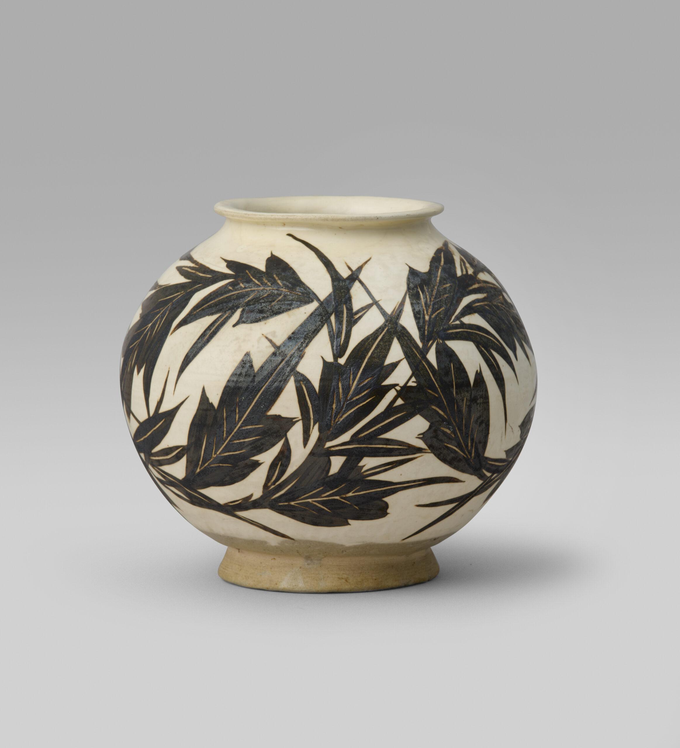 A Cizhou painted globular jar (Northern Song/Jin dynasty, 960-1234)