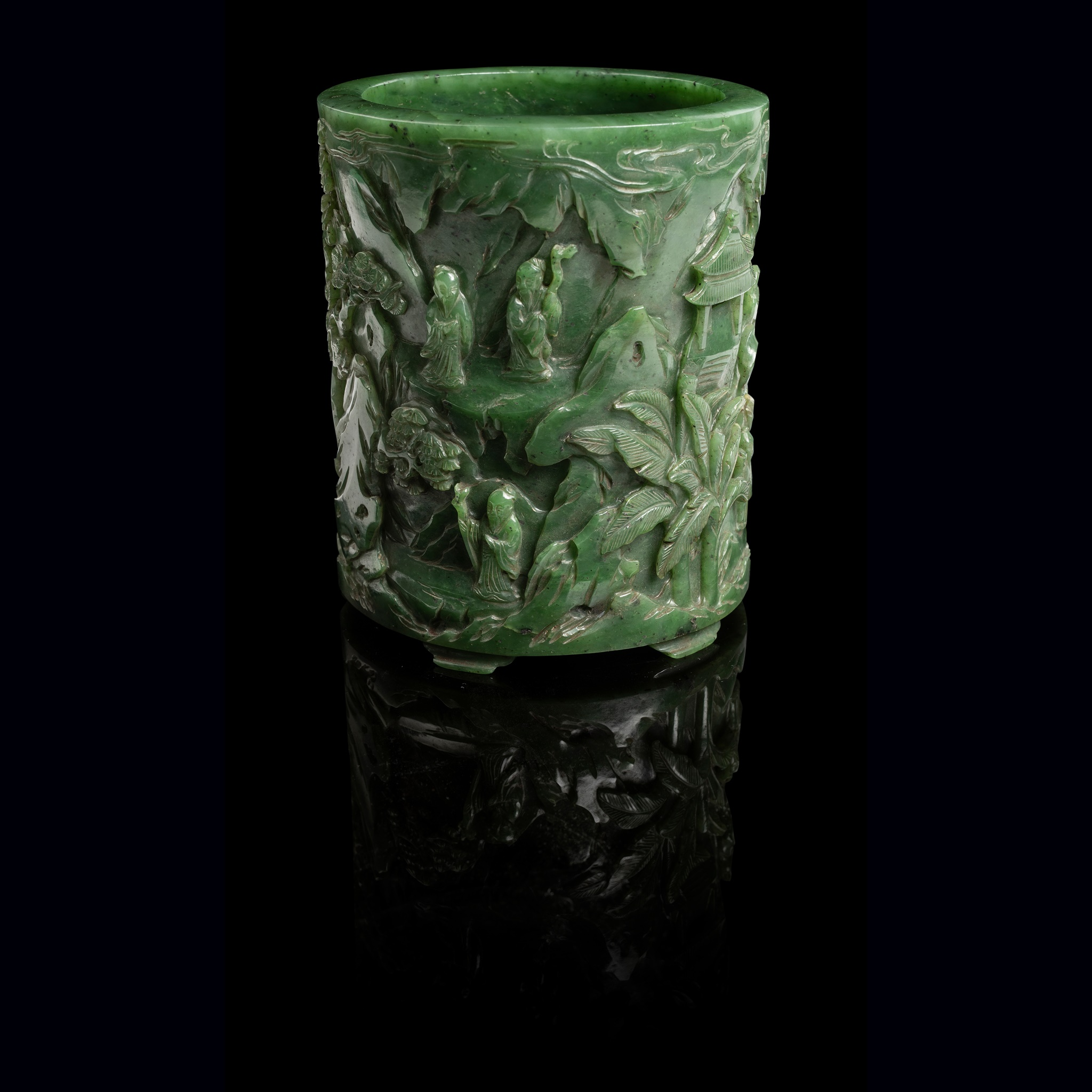 SPINACH-GREEN JADE 'SCHOLARS' BRUSH POT | QING DYNASTY, 19TH CENTURY, Provenance: Private French collection, 15.5cm high