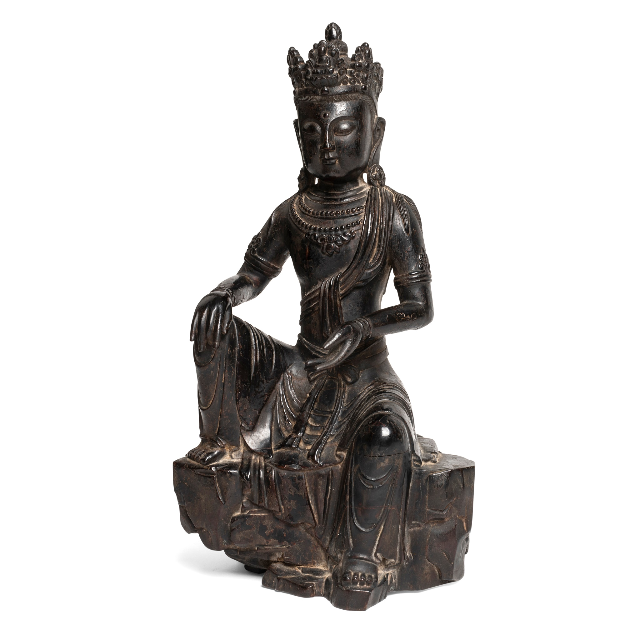 LACQUERED WOOD CARVING OF SEATED GUANYIN | QING DYNASTY, 18TH CENTURY, Provenance: private English collection, 32cm high