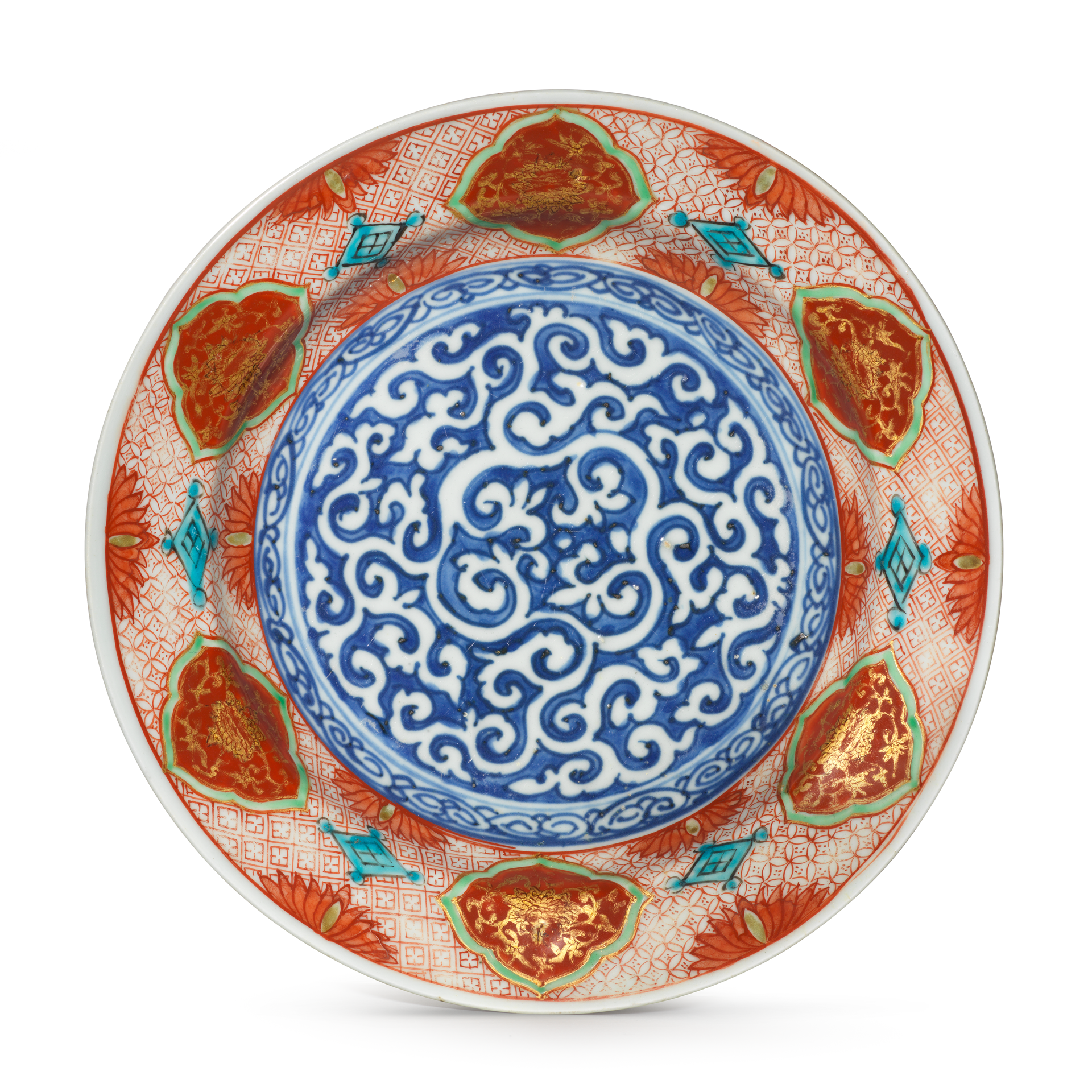 Kinrande Plate, Porcelain decorated in underglaze enamels, and gold, the second half of the 16th century