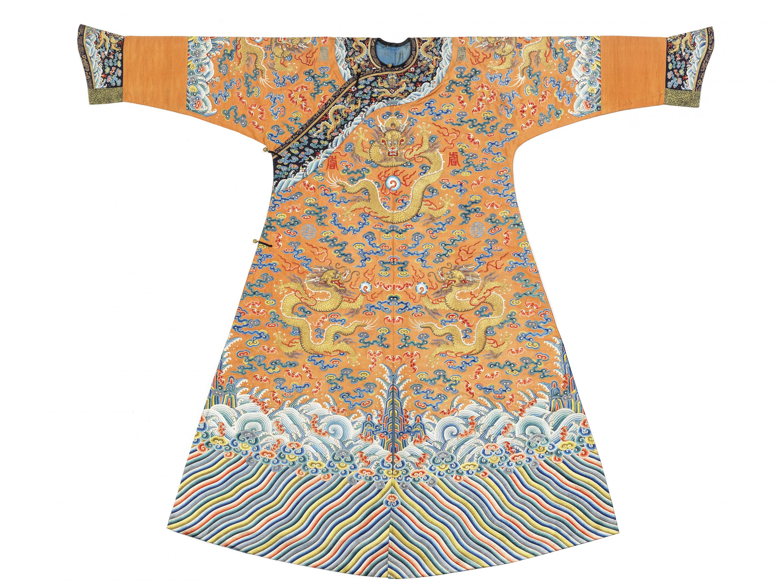 An extremely rare Imperial heir-apparent apricot-ground dragon robe, jifu, Qianlong-Jiaqing - Fine Chinese Art Including Exceptional Textiles Curated by Linda Wrigglesworth