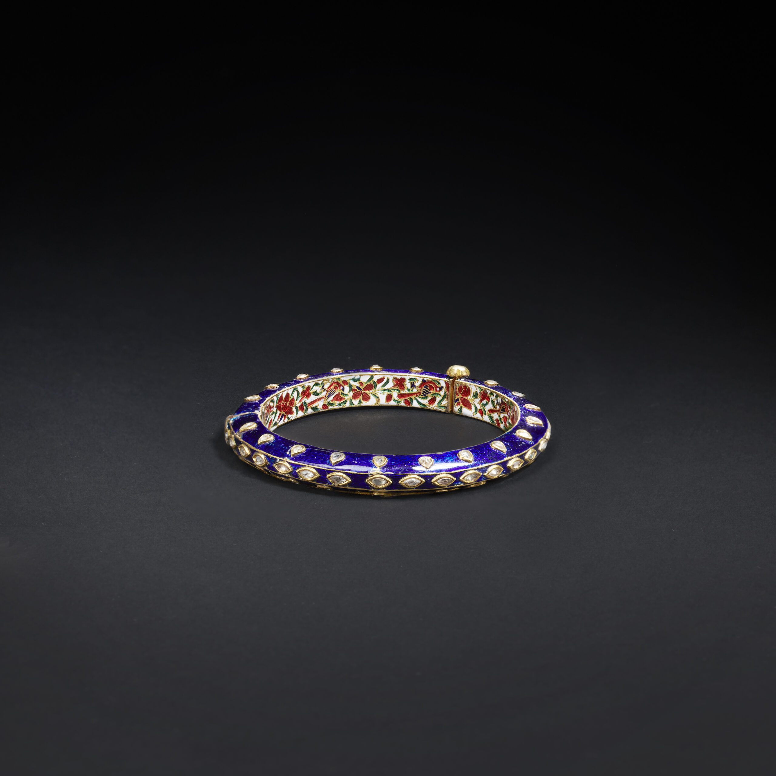 A BLUE ENAMEL AND DIAMOND BRACELET, JAIPUR, 19th Century