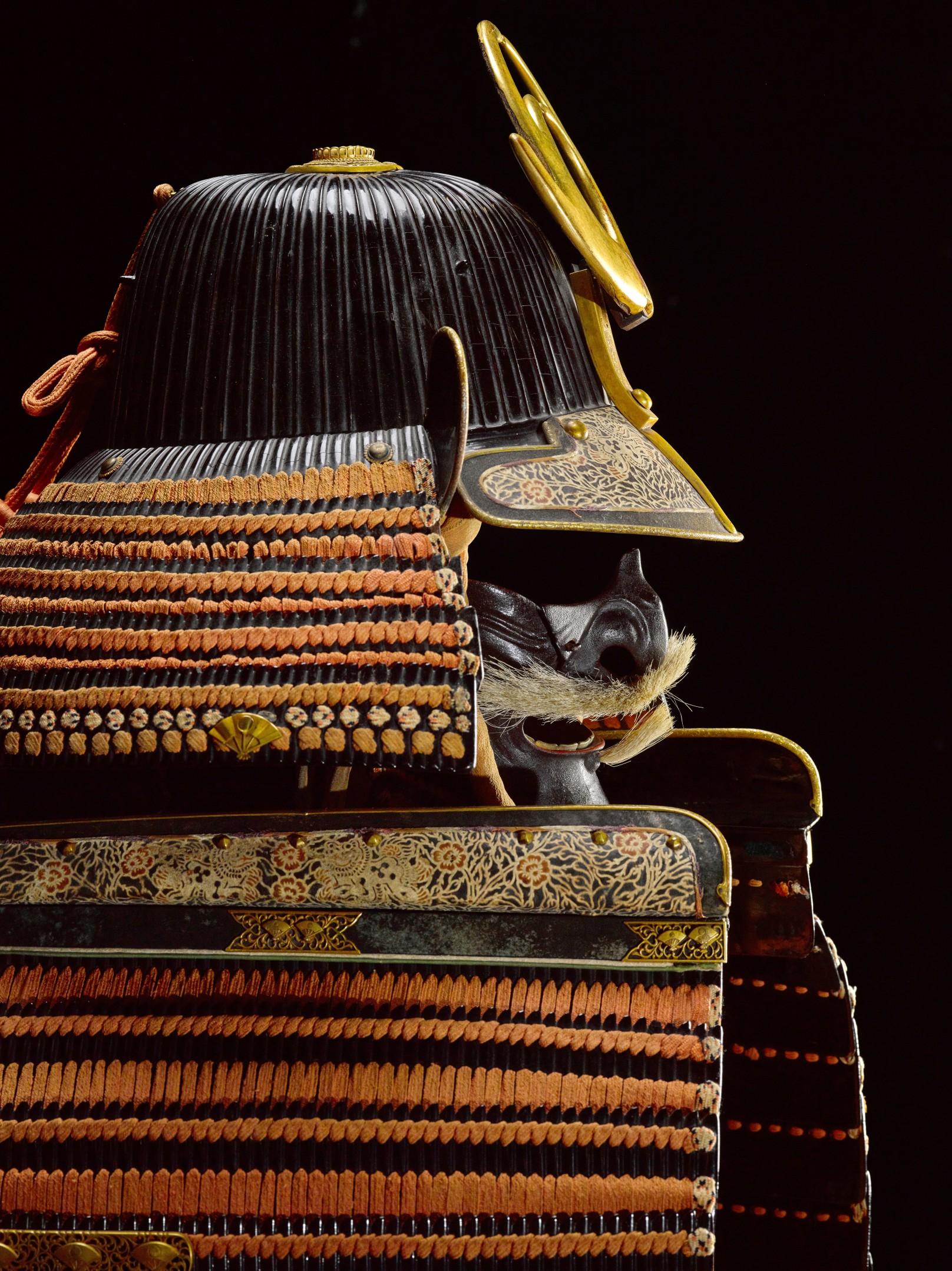 A fine nimai-do gusoku [armour] Edo period, late 17th century