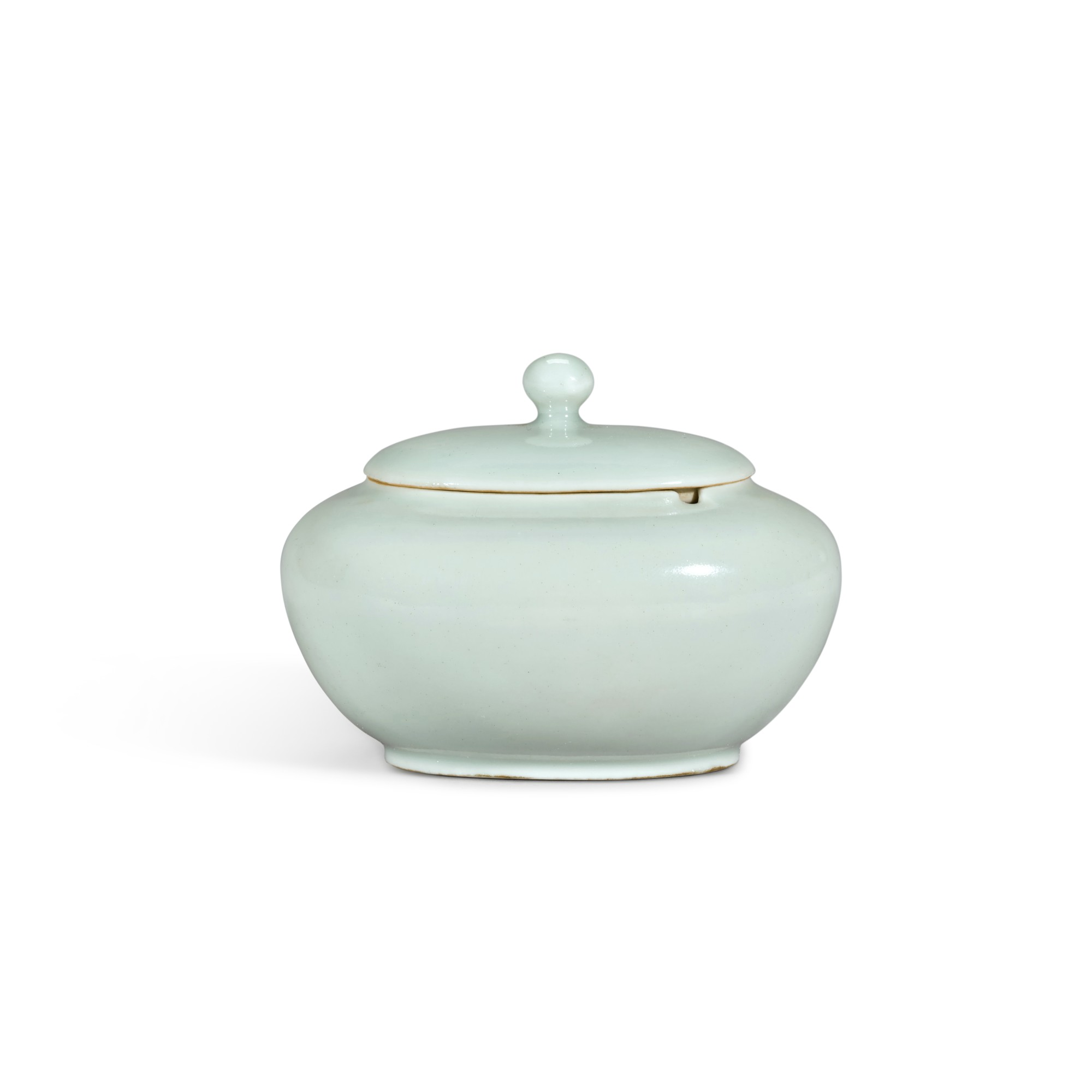 An extremely rare and fine small celadon-glazed jar and cover, Seal mark and period of Yongzheng   清雍正 粉青釉水盂連蓋 《雍正年製》款