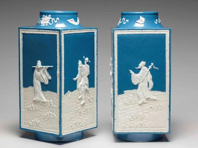 porcelain vases pair