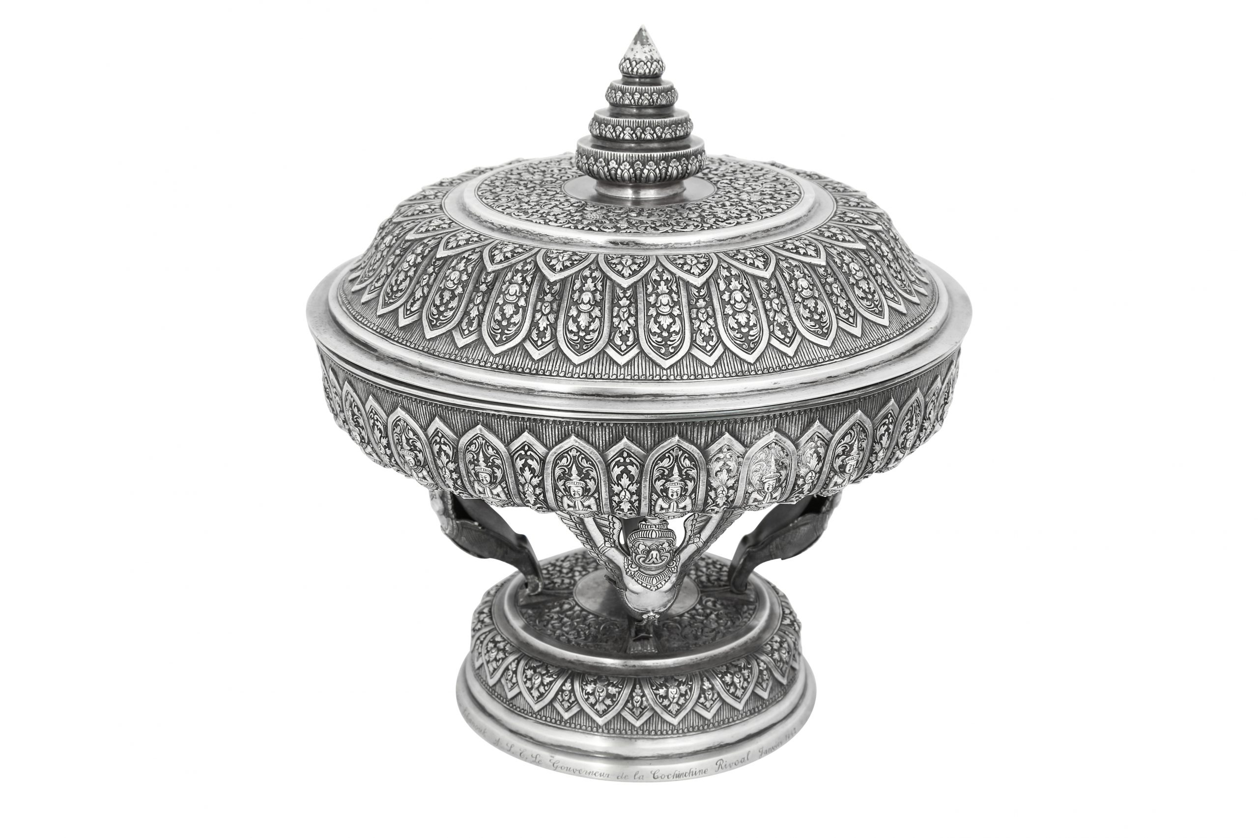 A large silver repoussé lidded ceremonial tray or basin (tok). Thailand or Cambodia, South East Asia, 19th century. Estimate £2,400 - £2,600