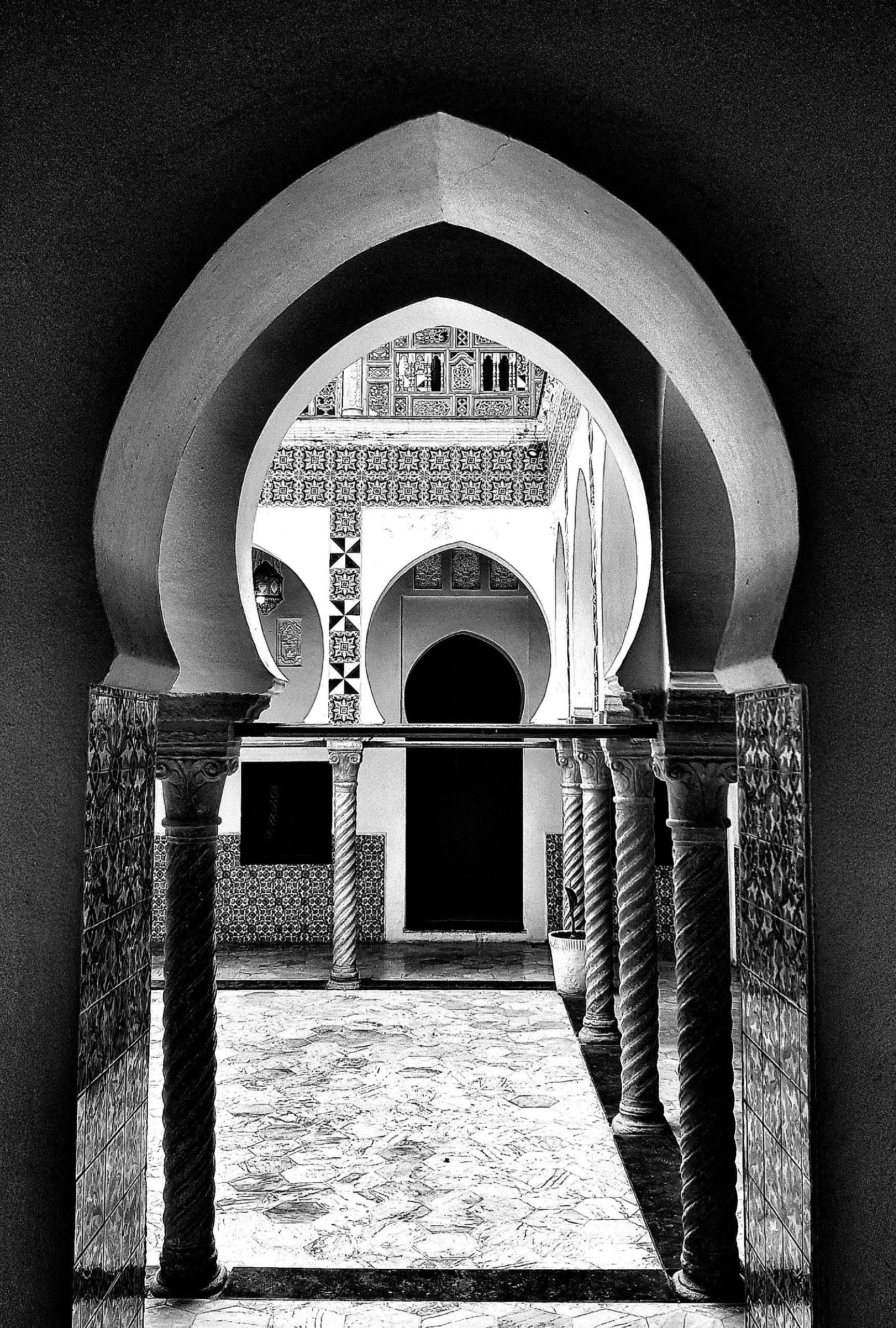 ALGIERS PALACE III, 2021 | Digital print on bright white photo rag Edition of 8 + 2 AP 59 x 41 cm Edition of 8 plus 2 artist's proofs Signed and numbered